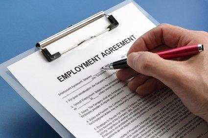 Pracovní podmínky v zahraničí - dovolená, pracovní doba, zkušební lhůta