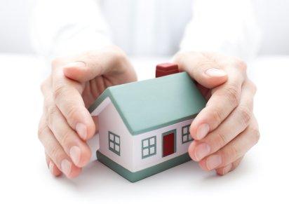Pojištění nemovitosti nebo pojištění domácnosti? Jak vybrat správně.