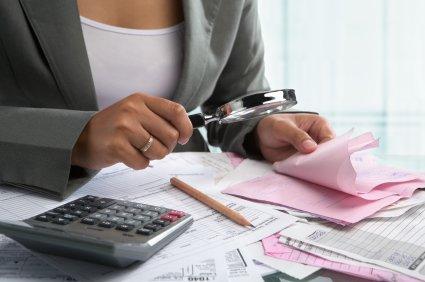 Daňový poradce vám ušetří peníze. Musíte však dobře vybrat