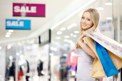 Ušetřete peníze výhodnými nákupy během výprodejů či v outletech